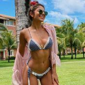Hariany Almeida deixa estrias à mostra em foto de biquíni e é elogiada: 'Corpo real'