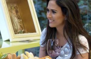 Solteira, Tatá Werneck ganha elogio de André Marques na TV. 'Gata, gostosa'