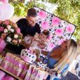 Natália Toscan comenta  escolha do tema da festa e da celebração da filha