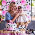 Natália Toscano fala sobre festa de 5 meses da filha, Angelina
