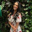 Graciele Lacerda  responde comentário dizendo que ela não é bonita 'de rosto'