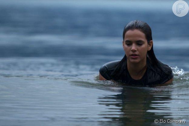 'Vou Nadar Até Você', filme com Bruna Marquezine, é de tirar o fôlego