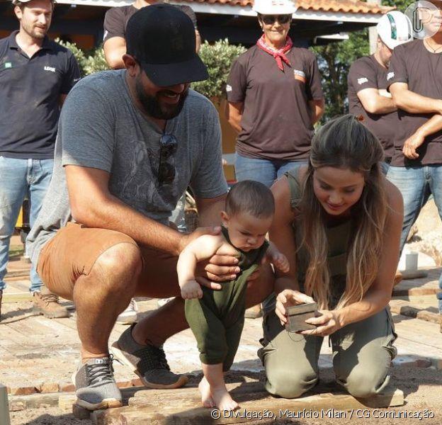 Biah Rodrigues e Sorocaba plantaram o umbigo do filho, Theo, embaixo de uma árvore centenária