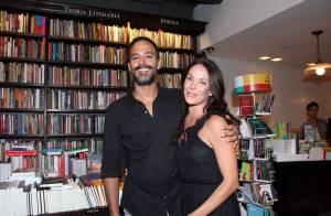 Carolina Ferraz, aos 46 anos, está grávida pela segunda vez, afirma colunista