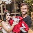 Sthefany Brito comemorou o primeiro mês de vida de Enrico em família, com a presença do irmão, Kayky Brito