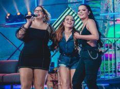Marília Mendonça opina sobre top de Maraisa e cantora reage: 'Vai gongar meu biquíni?'