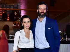 Débora Falabella confirma fim do namoro com Gustavo Vaz: 'Seguimos juntos como amigos'