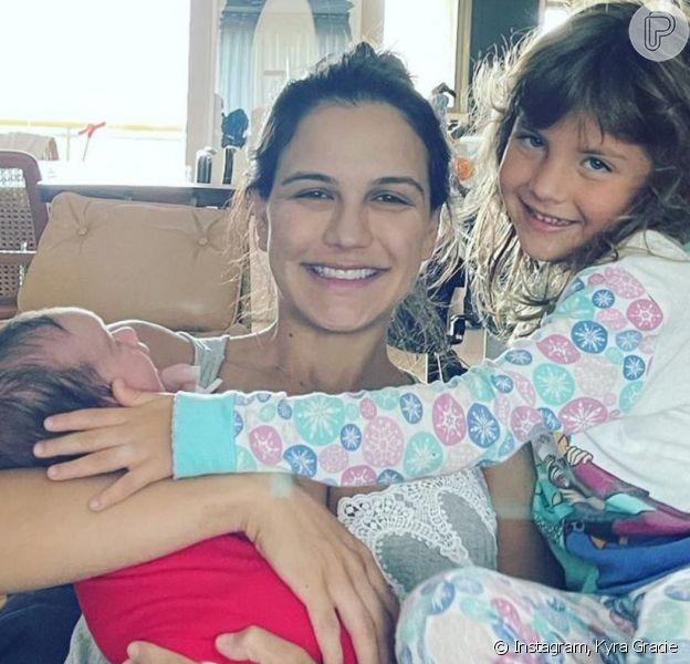 Kyra Gracie revela rosto do filho e web aponta semelhança com a irmã, Ayra