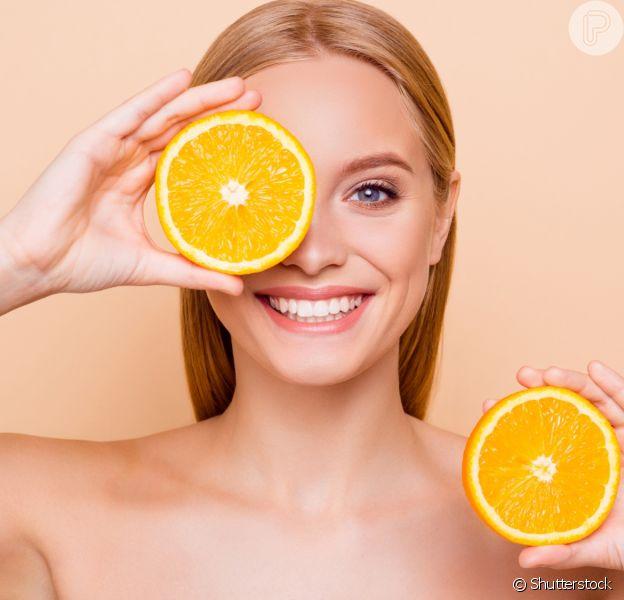 Vitamina C pra já! Veja benefícios e produtos com o ativo para corpo, cabelos e rosto