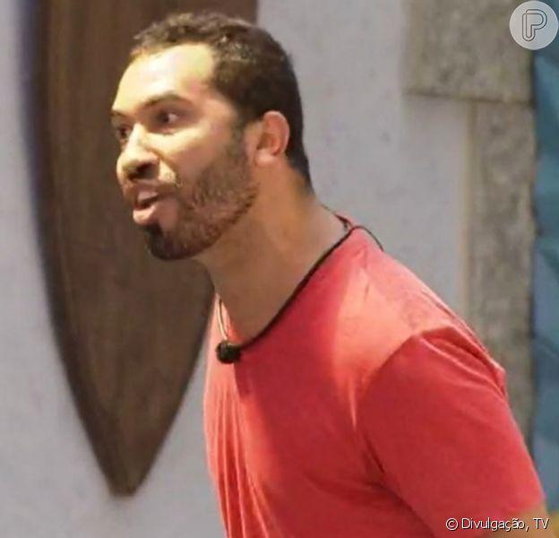No 'BBB21', Gilberto se descontrola após briga com Arthur