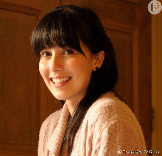 Na novela 'A Vida da Gente', Manu (Marjorie Estiano) ganha ajuda após ser expulsa de casa pela mãe, Eva (Ana Beatriz Nogueira)