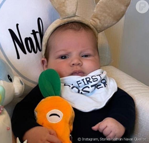 Filho de Letícia Navas, Nathan se vestiu de coelhinho ao completar 2 meses