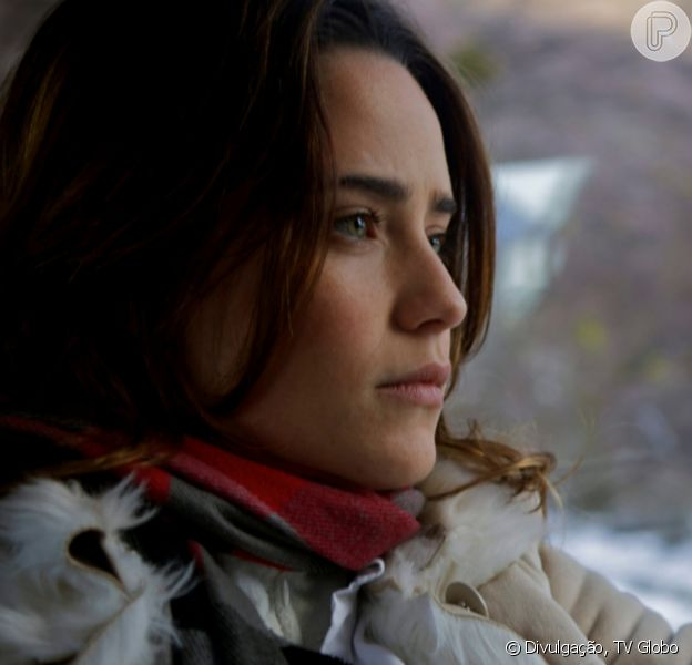 Novela 'A Vida da Gente': Ana (Fernanda Vasconcellos) é desprezada pela filha, Júlia (Jesuela Moro), em reencontro após 4 anos