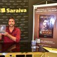 Irmão de Victor, Léo Chaves lançou livro após fim da dupla