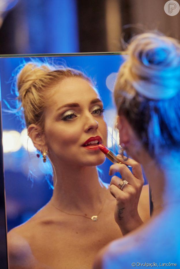 Chiara Ferragni valoriza a maquiagem como ferramenta de autocuidado