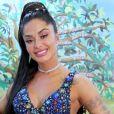 Aline Riscado reage aos ataques após elogio ao ex-BBB Arthur: 'Não quero sacanear ninguém'