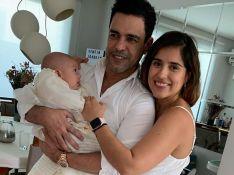 Zezé Di Camargo surge em batizado da neta após polêmica com Rodrigo Faro