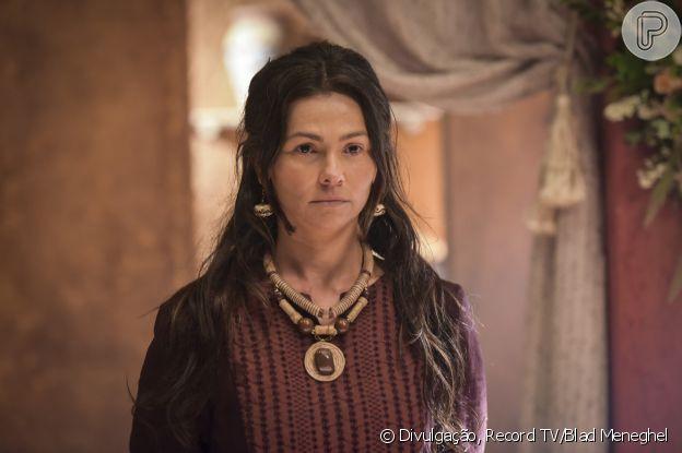 Novela 'Gênesis': Salma (Suzana Alves) vai ajudar no primeiro parto de Lia (Michelle Batista)