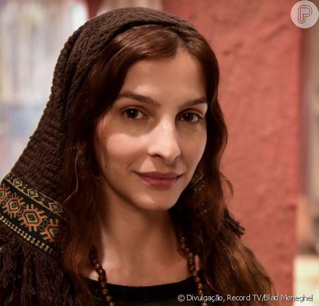 Na novela 'Gênesis', Lia (Michelle Batista) dá à luz Rúben (Felipe Cunha, na fase adulta) após parto difícil