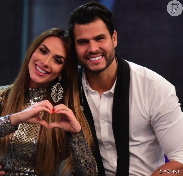 Nicole Bahls e Marcelo Bimbi terminam casamento de 3 anos. 'Não teve briga', diz modelo