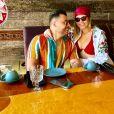 Marília Mendonça recebeu pedido de foto no México por fã e Murilo Huff comemorou fama internacional da namorada