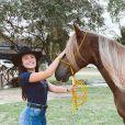 Larissa Manoela contou que desde um acidente há 6 anos não chegava perto de um cavalo