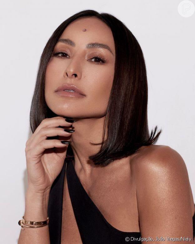 Cabelo curto de Sabrina Sato foi adotado para apresentadora ter mais praticidade