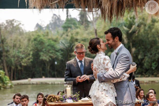 Segunda cerimônia de casamento de Carol Celico e Eduardo Scarpa foi no interior de São Paulo