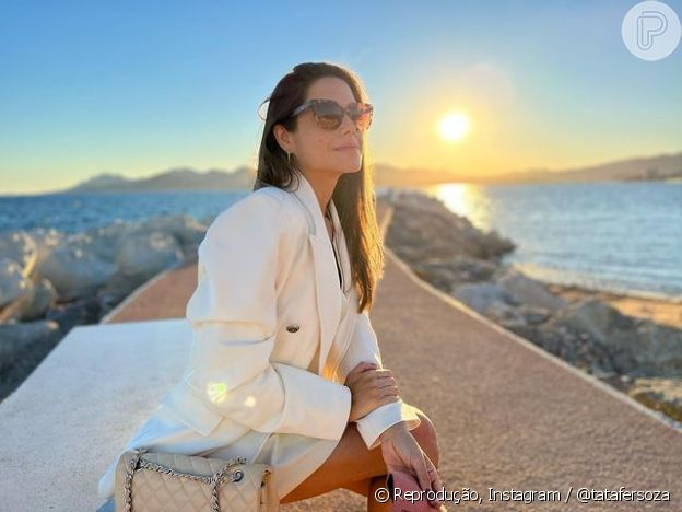 Thais Fersoza está viajando pela França com Michel Teló, em comemoração aos 7 anos de casados