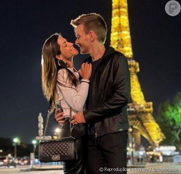 Thais Fersoza e Michel Teló celebram 7 anos de casamento em Paris, França