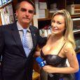 Em Brasília, Andressa Urach entrevistou o deputado federal Jair Bolsonaro