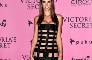Alessandra Ambrosio abusa de transparência em festa da Victoria's Secret. Fotos!