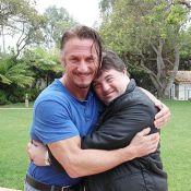 Sean Penn recebe Ariel Goldenberg, protagonista de 'Colegas', em Los Angeles