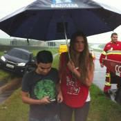 Lívia Andrade e Yudi, após derrapagem, fazem show lotado: 'Conseguimos chegar'