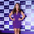Já Ivete Sangalo mostrou as belas pernas torneadas em um vestido curto violeta e com decote discreto