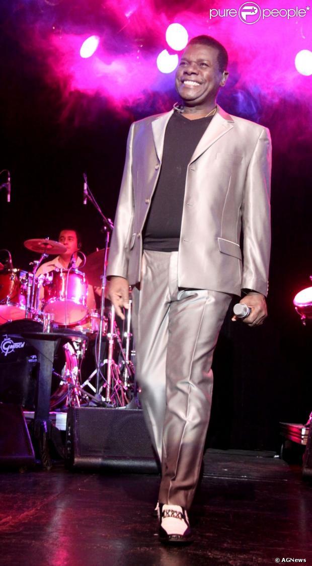 Morreu, nesta quarta-feira 20 de março de 2013, aos 66 anos, o cantor Emílio Santiago