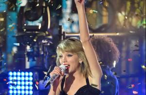 Taylor Swift faz show de Réveillon na Times Square, em Nova York. Veja fotos!