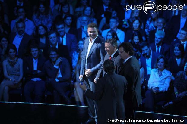 Ronaldo é anunciado como comentarista da TV Globo na Copa do Mundo de 2014, em evento realizado pela emissora, em 27 de março de 2013