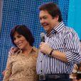 Glória Pires recebe homenagem dos filhos no palco do 'Domingão do Faustão', da TV Globo, em 31 de março de 2013