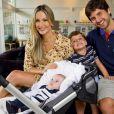 Claudia Leitte com a família: o empresário e marido, Márcio, o primogênito, Davi, e o caçula, Rafael