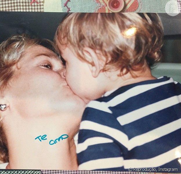 Xuxa posta fotos com a filha, Sasha, quando a herdeira ainda era uma criança. Imagens foram compartilhadas neste domingo, 8 de fevereiro de 2015