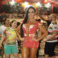 Gracyanne Barbosa mostra samba no pé no último ensaio da quadra da X-9 Paulistana