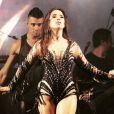 Wanessa mostra boa forma com pernas à mostra no Carnaval de Florianópolis, em 17 de fevereiro de 2015