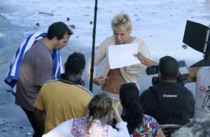 Xuxa exibe barriga sarada e depois agradece aos fãs: 'Fizeram minha mãe sorrir'