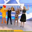 Gugu Liberato foi o convidado do 'Hoje em Dia' desta terça-feira, 3 de março de 2015. No programa, ele fez a dança do 'Meu Pintinho Amarelinho' ao lado de Ana Hickmann