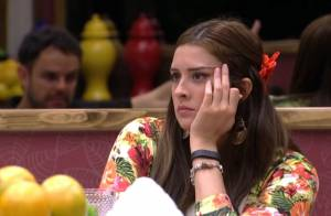 'BBB15': Adrilles pede a Tamires que eles parem de brigar e sister concorda