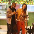 Luana Piovani vai a lanchonete com Pedro Scooby