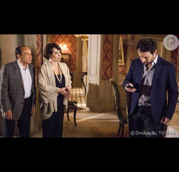 Celso (Caco Ciocler) descobre que é filho de Isaurinha com outro homem. Arturo (Stênio Garcia) morre ao saber a verdade em 'Salve Jorge'. Publicado em 2 de maio de 2013