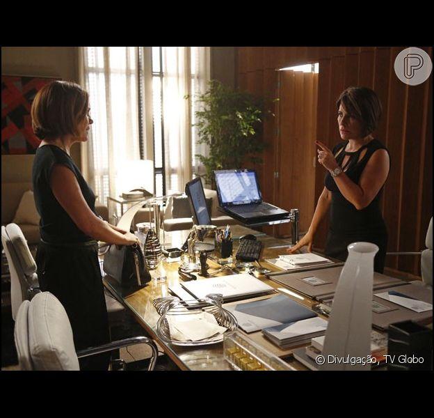 Beatriz (Gloria Pires) dá ordem a Inês (Adriana Esteves) para criar uma emprega fantasma e conseguir um laranja para uma de suas falcatruas, em 'Babilônia', em março de 2015