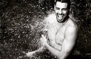 Cauã Reymond ganha cantada ao mostrar foto em cachoeira: 'Preciso de um banho'